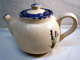 Bluebell pottery - Teapot