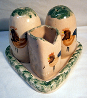 Cockerel pottery - salt & pepper